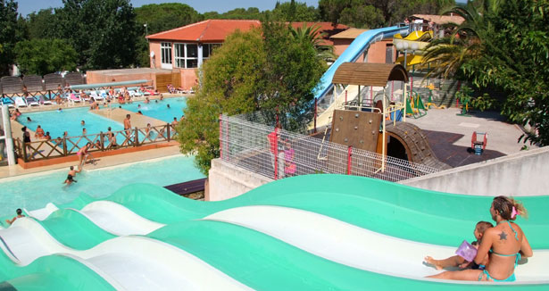 Camping le fr jus fr jus camping avec piscine for Camping a frejus avec piscine